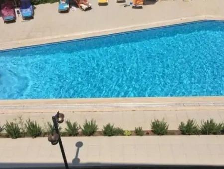Marmaris İçmeler Yüzme Havuzlu Lüks 3 Oda 1 Salon Dubleks Daire