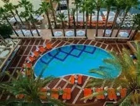 Marmaris,Ten Denize Sıfır Satılık 5 Yıldızlı Otel