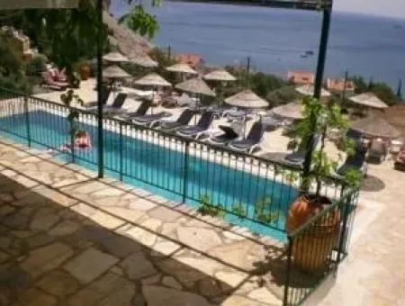 Deniz Manzaralı 46 Adet Apart Otel Yüzme Havuzlu Turunç Bölgesinde